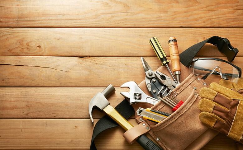 Table sanding and repolishing tools